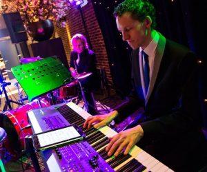 Carrousel easy listening bruiloft Utrecht Boerderij Mereveld